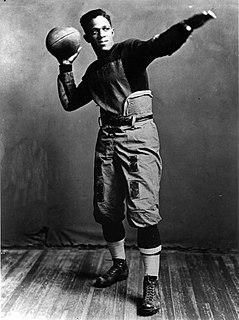 Fritz Pollard Player of American Football