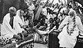 Gandhi-Tagore-cropped.jpg