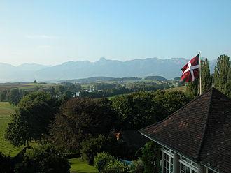 Gerzensee - Image: Gerzensee flag, mountain