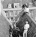 Gevel in Kerkstraat gevaar voor voorbijgangers, overzicht, Bestanddeelnr 916-8782.jpg