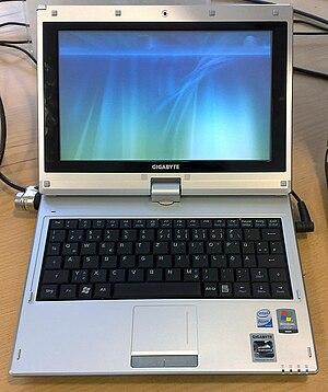 Gigabyte M912 - Image: Gigabyte M912V as Netbook