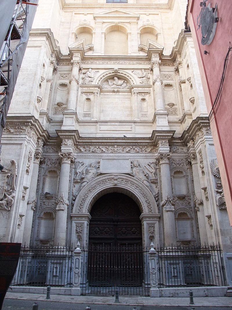 Granada-Catedral de la Encarnación-1-Puerta del Perdón.JPG