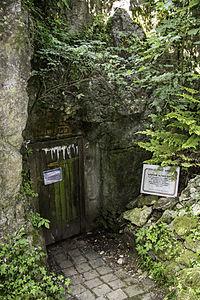 Höhle ohne Namen 04.jpg