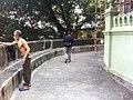 HK Mid-levels 回教清真禮拜總堂 Jamia Mosque temple front garden visitor Jan-2011.jpg