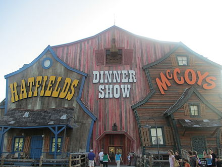 The Hatfield Mccoy Feud Is Featured In A Musical Comedy Dinner Show Pigeon Forge