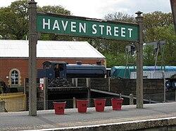 Haven Street station sign.jpg
