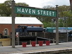 Havenstreet railway station - Image: Haven Street station sign