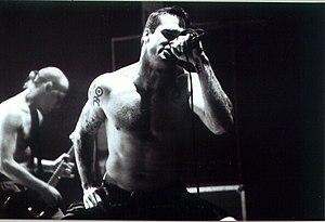 Henry Rollins durante un concierto de Rollins ...