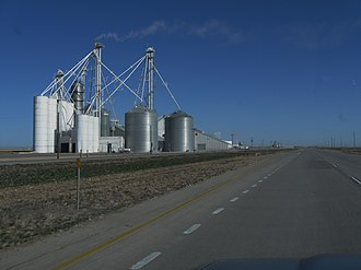 High Plains (United States) - Image: High Plains Silos Near Stratford Texas March 2009