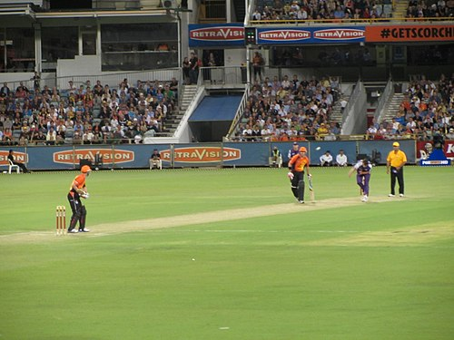 Perth Scorchers taking on Hobart Hurricanes at the WACA during BBL 01 (2011) HobartVSPerth WACA.jpg