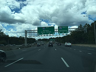 Interstate 95 in Maryland - I-95 northbound approaching split from I-495 westbound on the Capital Beltway in College Park