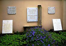Familiengrab Ida und Wolf Adolf August v. Lüttichau (Dresden, Trinitatis-Friedhof) (Quelle: Wikimedia)