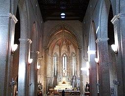 Iglesia de Santa Marina 01.jpg