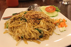Kwetiau goreng - Image: Indonesian fried kwetiau