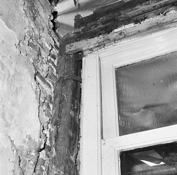File interieur houtskelet detail kozijn voor sloop for Interieur 605