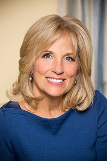 Portrait officiel de Jill Biden, en 2012.