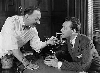 John Qualen - John Qualen and Paul Henried in Hollow Triumph (1948)