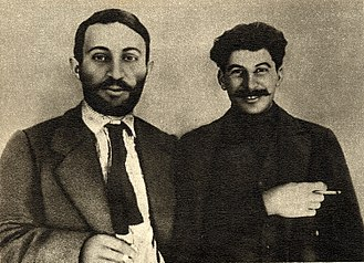 Russian jokes - Armenian Suren Spandaryan (left) and Georgian Joseph Stalin in 1915