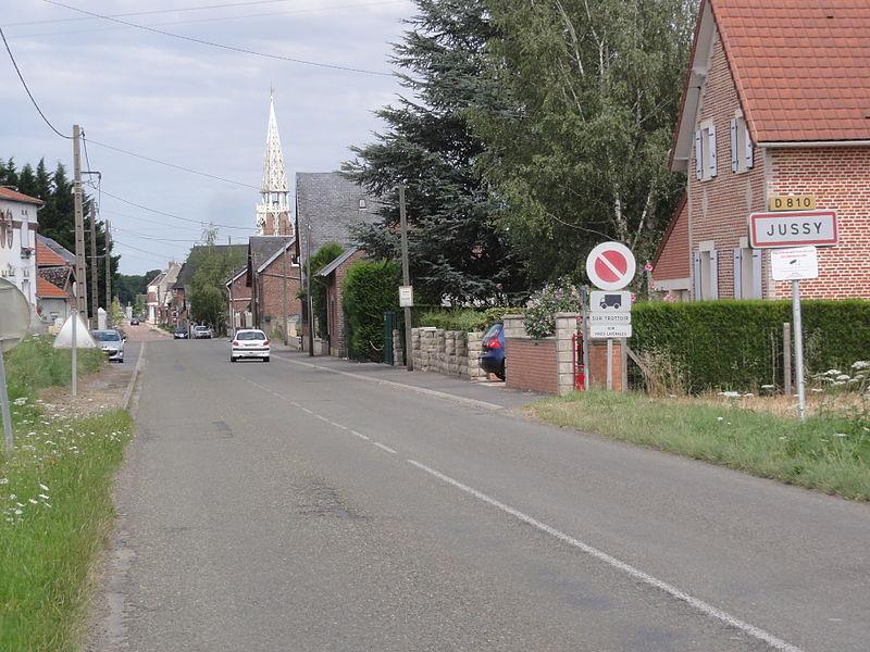 Jussy (Aisne) city limit sign