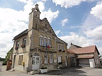 Juvigny (Aisne) mairie.JPG