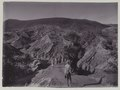 KITLV - 5821 - Kurkdjian - Soerabaja - The road to the crater of Mount Bromo in Tosari, Java - circa 1910.tif