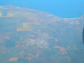 Kadina, South Australia - Image: Kadina Wallaroo aerial view 1220
