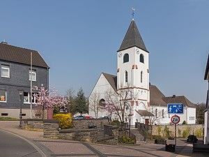 Kall, North Rhine-Westphalia - Image: Kall, Kirche Sankt Nikolaus foto 6 2015 04 16 14.31
