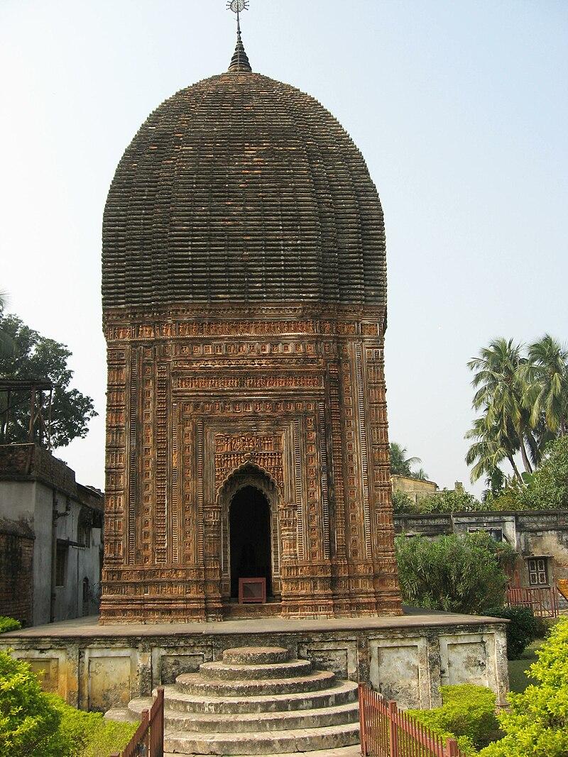 Kalna Pratapeswar Temple by Piyal Kundu.jpg