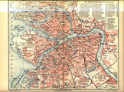 La capitale Saint-Pétersbourg, foyer des révolutions de 1905 et 1917.