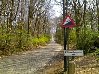 Gent–Wevelgem - The Kemmelberg first featured in 1955 and has become the centrepiece of the race. The steepest slopes reach 23 % gradient near the top.