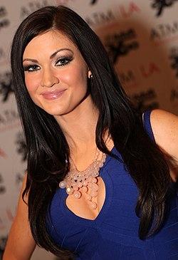 Kendall Karson - AVN Expo Photos Las Vegas 2013 (8423014036).jpg