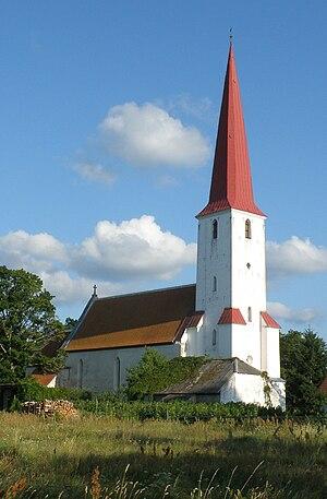 Kihelkonna - Image: Kihelkonna Mihkli kirik 2009