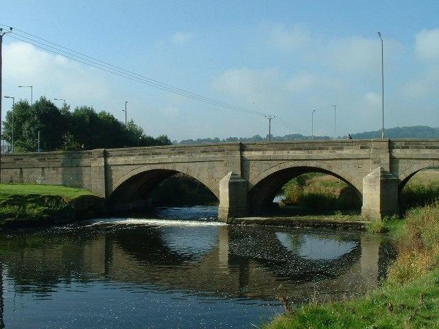 Kildwick Bridge over River Aire - geograph.org.uk - 65005