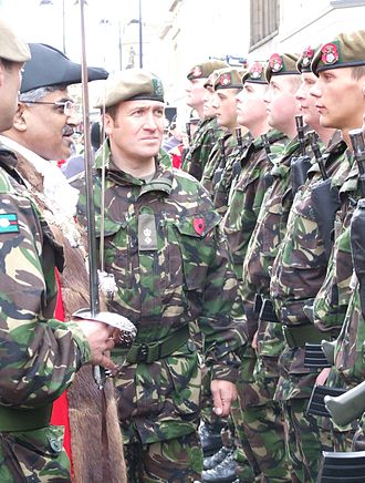 Kirklees - Image: Kirklees Mayor, Cllr Karam Hussain & Lt Col Andy Pullan Inspect Yorkshire Regiment Soldiers, 25 Oct, 2008