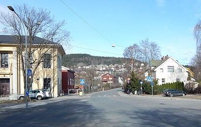 Hvordan komme seg til Kjelsåsveien med offentlig transport - Om stedet