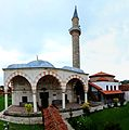 Kompleksi Xhamija e Hadumit Eksterier.jpg