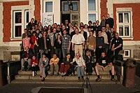 Konferencja Wikimedia Polska 2009 zdjęcie rodzinne 3 p.jpg