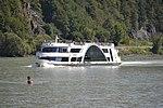 Kristallschiff - Donau -02.JPG