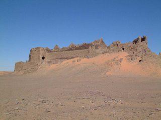 "North African Meghrebi Arabic term for ""castle"""