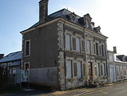 La Berthenoux (36) - Mairie.jpg