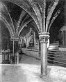 La crypte de la basilique Saint-Sernin, en 1937.jpg