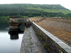 Ladybower Reservoir Dam Wall and Valve House - geograph.org.uk - 473665.jpg