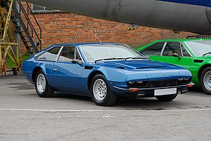 Lamborghini Jarama at AutoItalia Brooklands May 2012 1.jpg