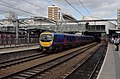 Leeds railway station MMB 23 221137 185151.jpg