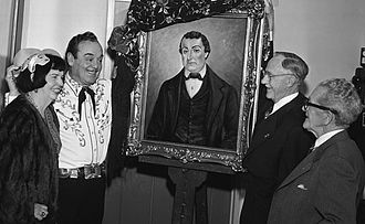 Leo Carrillo - Leo Carillo unveils portrait of his great-uncle José Antonio Carrillo, 1955