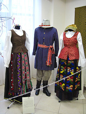 Suvalkija - Examples of traditional clothing from Suvalkija