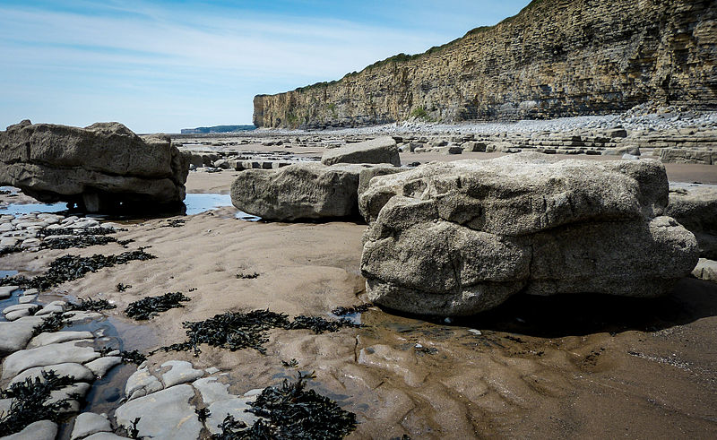 File:Llantwit major beach (7961687388).jpg