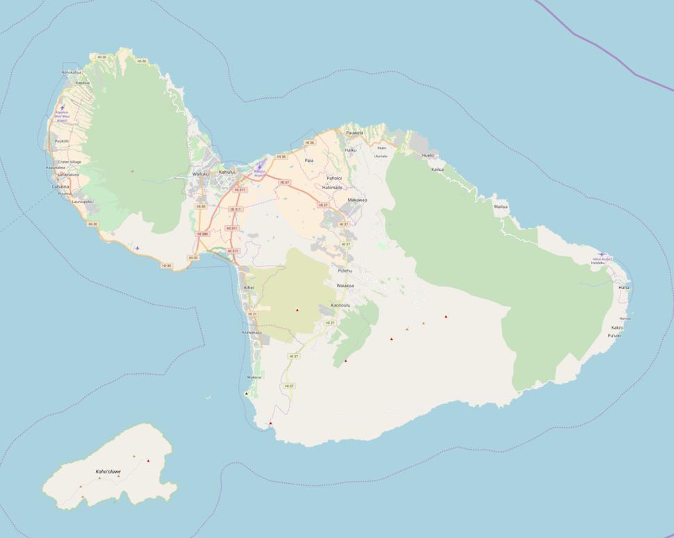 Molokini is located in Maui