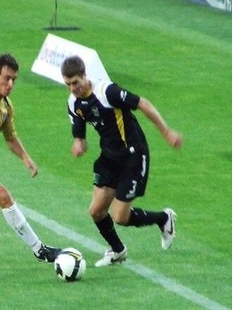 Tony Lochhead - Lochhead in action with Wellington Phoenix FC
