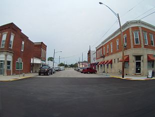 Looking down West Main Street from U.S. 231 in Loogootee